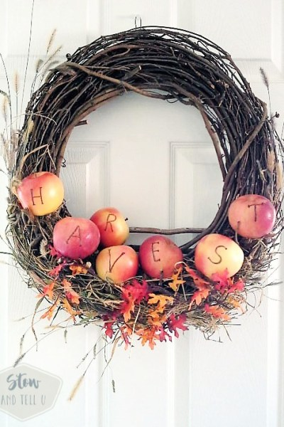 Festive fall ideas with apples for fall party decor and games, bonfires, Halloween, Thanks giving and other festivities | StowandTellU.com