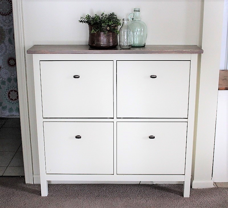 ikea shoe cabinet hack as faux built in hallway storage stow tellu. Black Bedroom Furniture Sets. Home Design Ideas