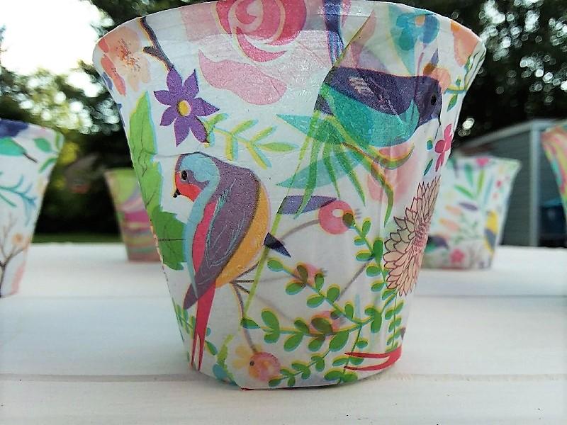 DIY Tissue paper flameless candle luminaries | stowandtellu.com