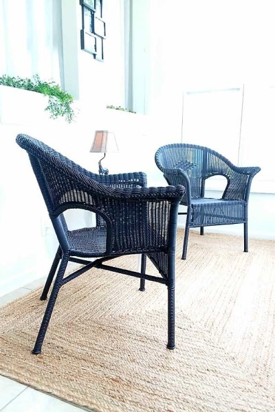 Black painted resin wicker chair | How to paint plastic and resin wicker
