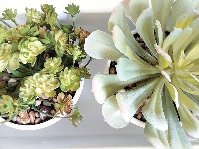 Potting Faux Succulents with DIY Gravel Glue | stowandtellu.com