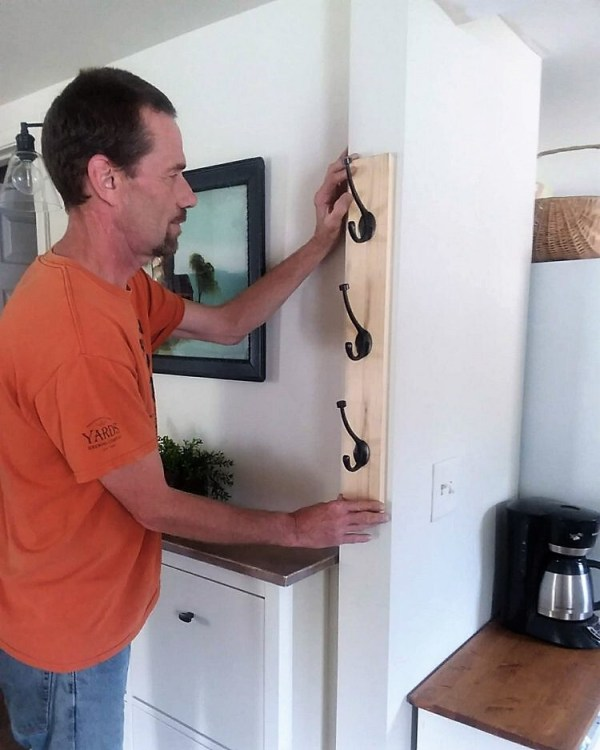 DIY Vertical Coat Hanger