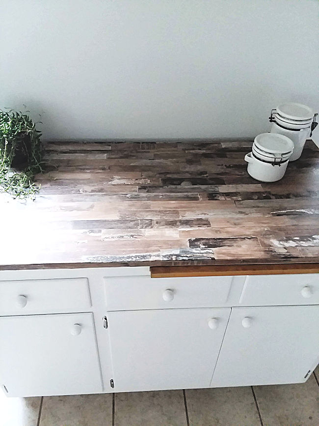 Make Faux Wood Countertop Remobable Wallpaper