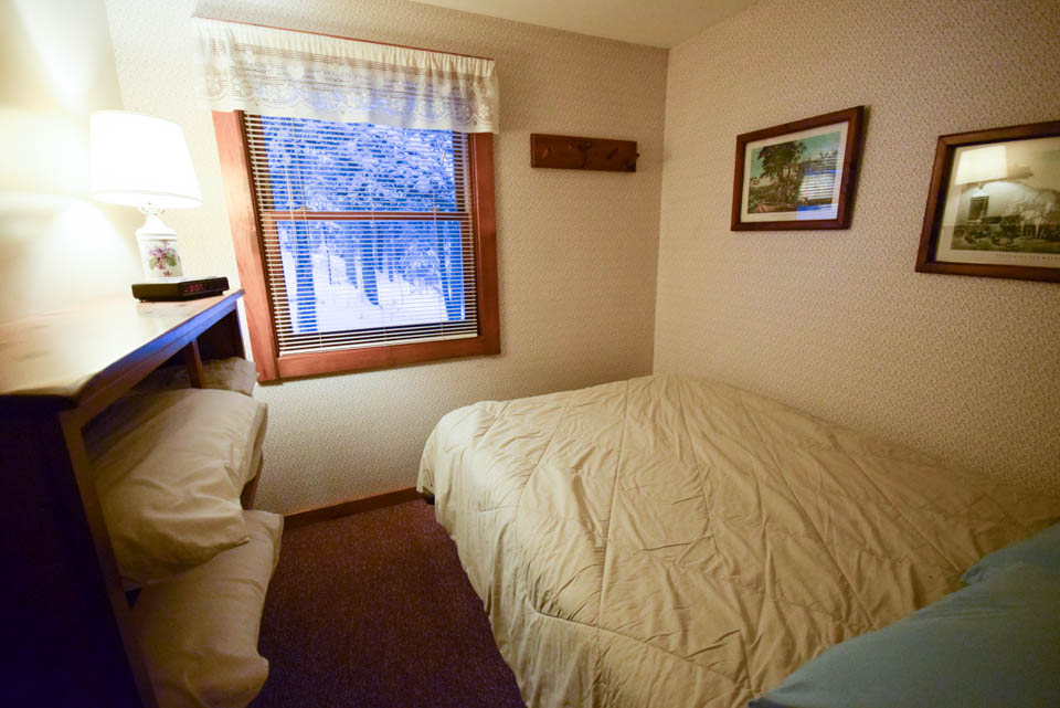 Stowe Cabins Dogwood