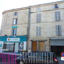 location local commercial place st jean niort st pierre immobilier