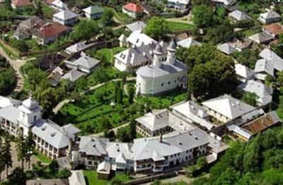 Imagini pentru manastirea varatec