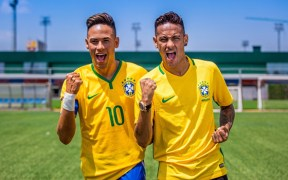 "Neymar Jr. Comes Face to Face With ""Himself"""