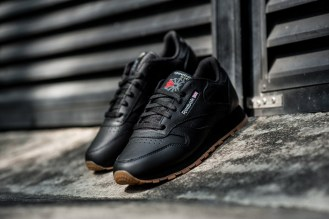 Reebok Classic Leather in black (also available in white)