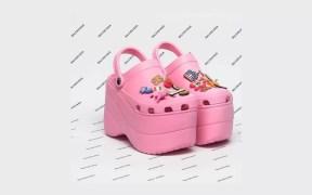 balenciaga-debuts-platform-crocs-at-paris-fashion-week