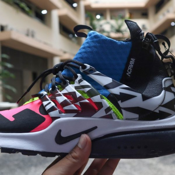 390ddc05f9758 You read right  we re giving away a pair of Nike x Acronym Presto