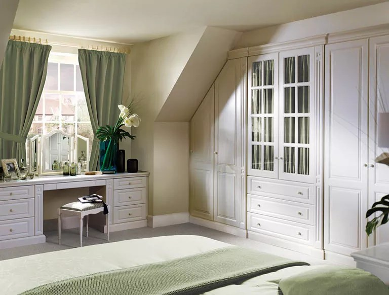 Luxury Fitted Bedroom Furniture & Wardrobes By Strachan