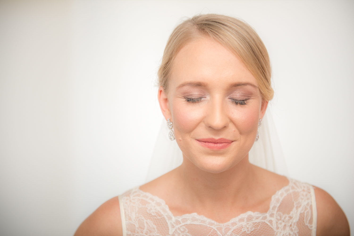 Point Lookout wedding | Kassia and Shane | bride preparation
