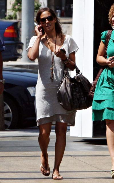 Spotted Halle Berry Sporting A Wedding Band Straight