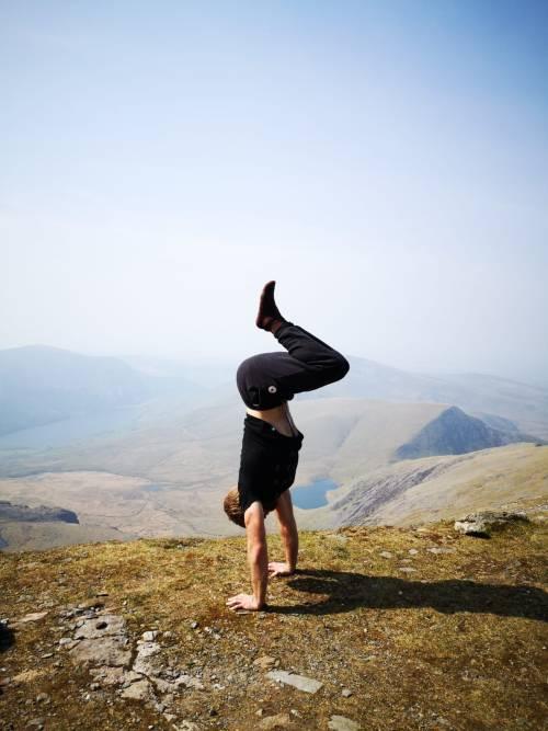 Tuck handstand (Snowdon summit 2019)
