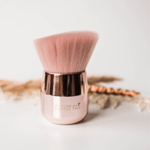 lusso tan hand and face brush
