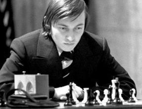 Чемпион мира по шахматам Анатолий Карпов