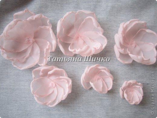 МК розы из капрона фото 5