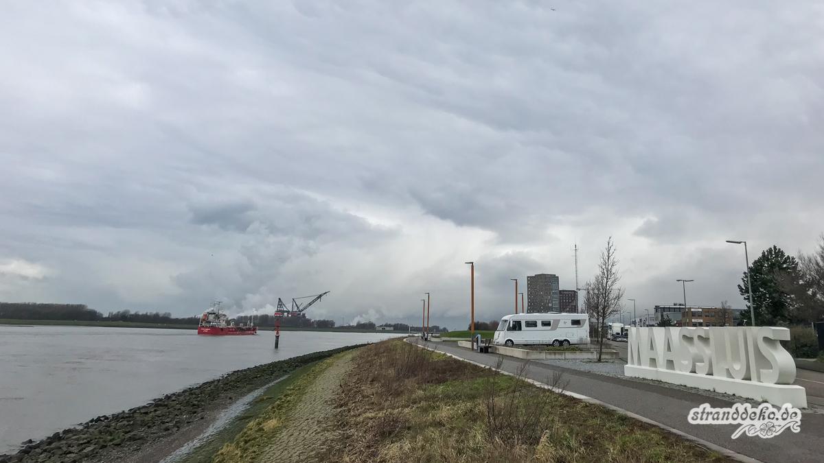 180203 Maassluis HoekvanHolland 001 - Maasluis und Hoek van Holland - 3 Stellplätze zum Schiffe gucken