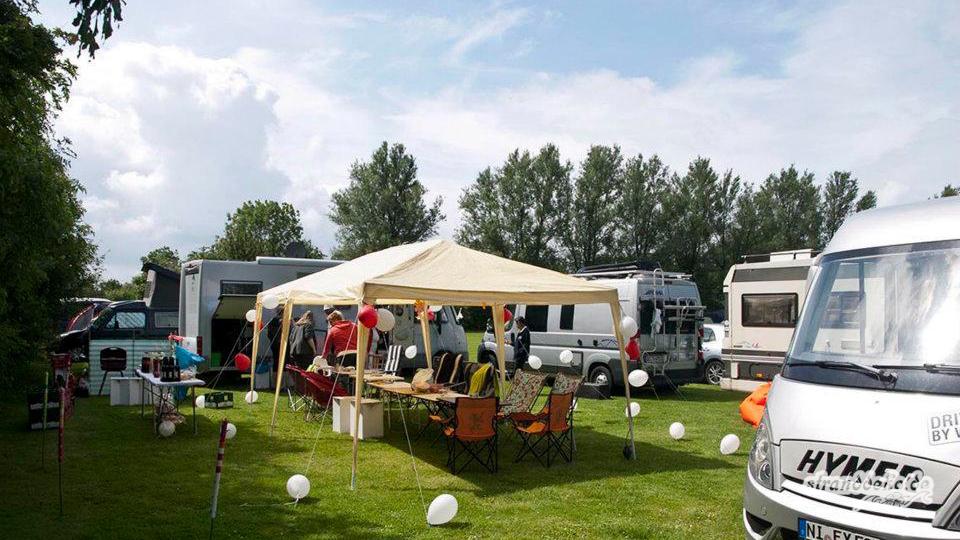 170701 bretagne brouwersdam 2200 - Wassersport ist Motorsport - unser großer Wohnmobil-Rückblick!