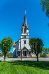 Jeg stopper ved Bamble kirke og Olavskirken