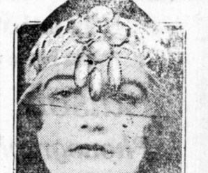 The Forehead Jewelry Fad In 1919
