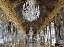 rs_560x415-141118180635-1024-palace-of-versailles-hall-of-mirrors-france-ms-111814_copy