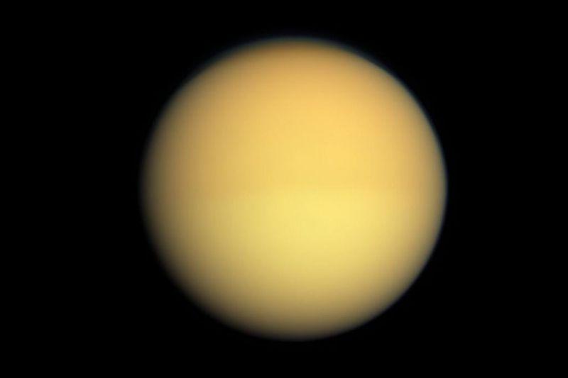 Βάση εξωγήινων στον πλανήτη Τιτάνα...