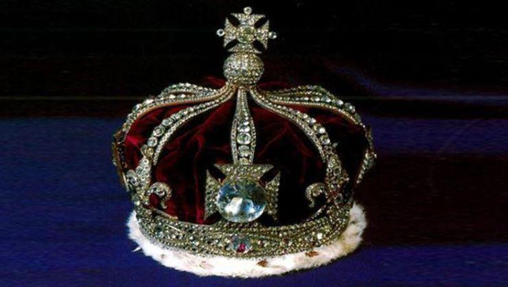 Το Koh-i-Noor, στο βασιλικό στέμμα της Αγγλίας