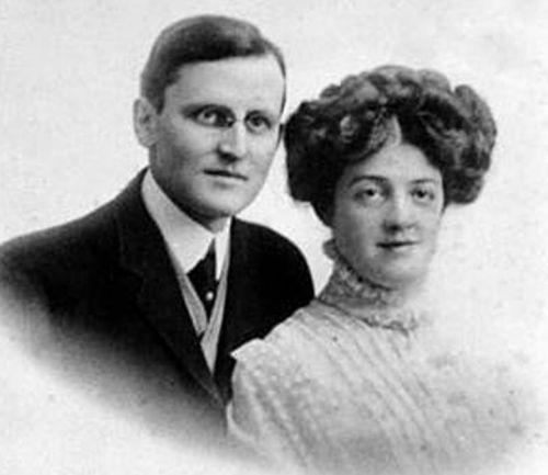 Ο Hudson Allison με τη σύζυγό του