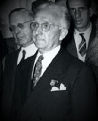 Ο Lambert στο Συνέδριο Ραβδοσκοπίας στο Παρίσι, το 1954