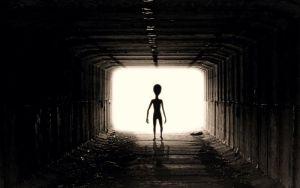 Συνάντηση με θηλυκά εξωγήινα όντα στη Γαλλία, το 1954...