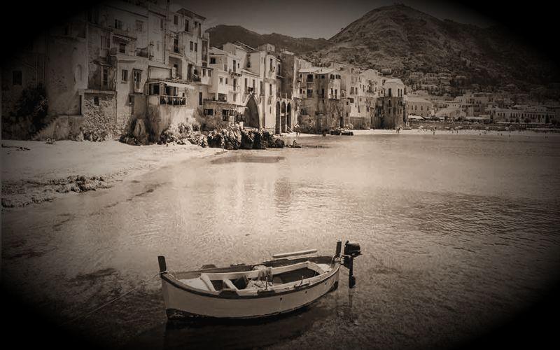Ιπτάμενοι δίσκοι πάνω από τη Messina της Σικελίας, το 1950...