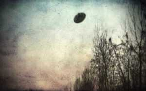 Ιπτάμενοι δίσκοι πάνω από το Μιλάνο, το 1950...