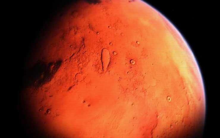 Παρουσία νερού με τη μορφή πάγου και χιονιού στον Άρη;