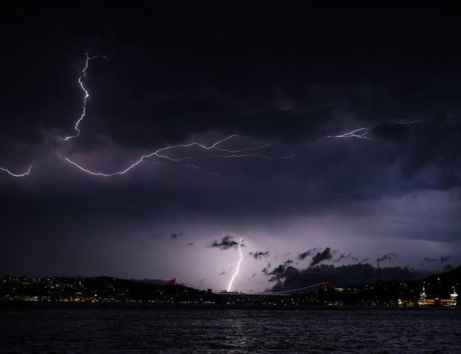 turkey lightning storm july 2018, turkey lightning storm july 2018 video, turkey lightning storm july 2018 pictures