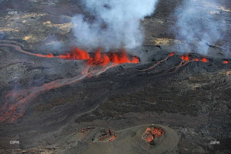piton de la fournaise eruption september 2018, piton de la fournaise eruption september 2018 video, piton de la fournaise eruption september 2018 picture