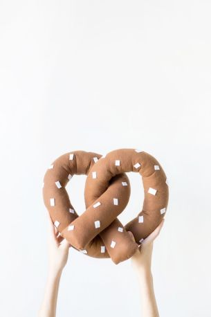 Pretzel pillow