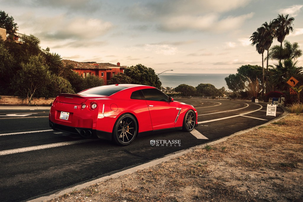 "Strasse Wheels - Vibrant Red 700hp Alpha 7 Nissan GT-R - 21"" R10 Deep Concaves 10"