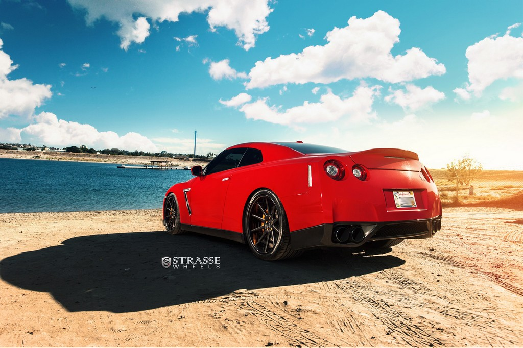 "Strasse Wheels - Vibrant Red 700hp Alpha 7 Nissan GT-R - 21"" R10 Deep Concaves 2"