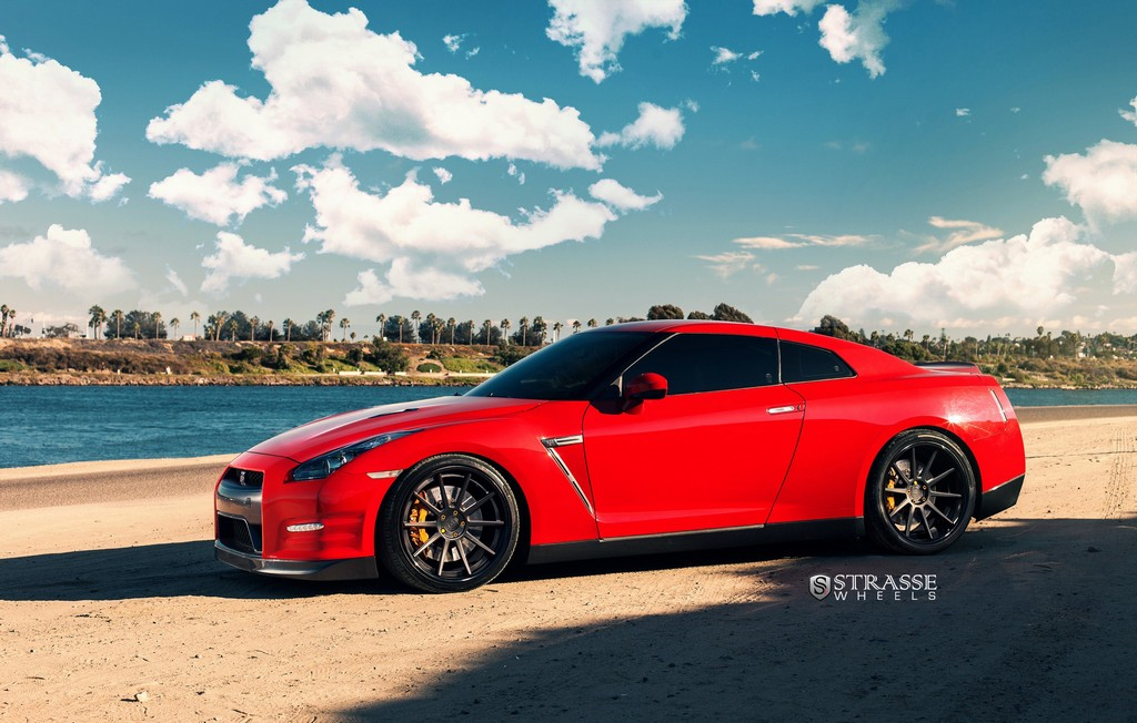 "Strasse Wheels - Vibrant Red 700hp Alpha 7 Nissan GT-R - 21"" R10 Deep Concaves 8"