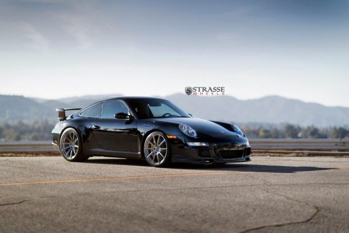 Strasse-Wheels-Porsche-997-GT3-20-R10-Deep-Concave-Monoblock-1