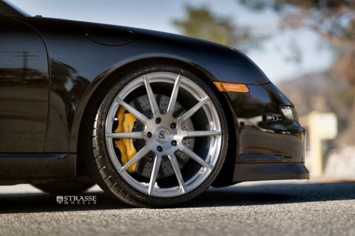 Strasse-Wheels-Porsche-997-GT3-20-R10-Deep-Concave-Monoblock-4