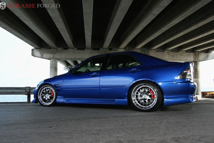 lexus_is300_11