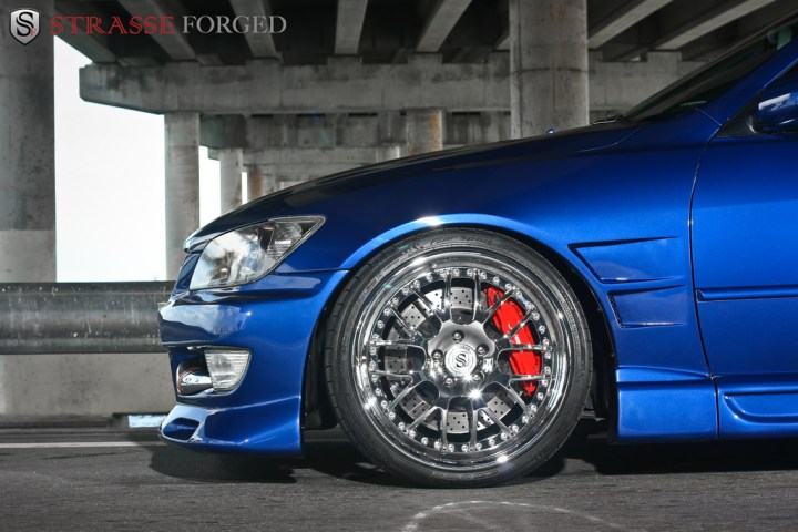 lexus_is300_9