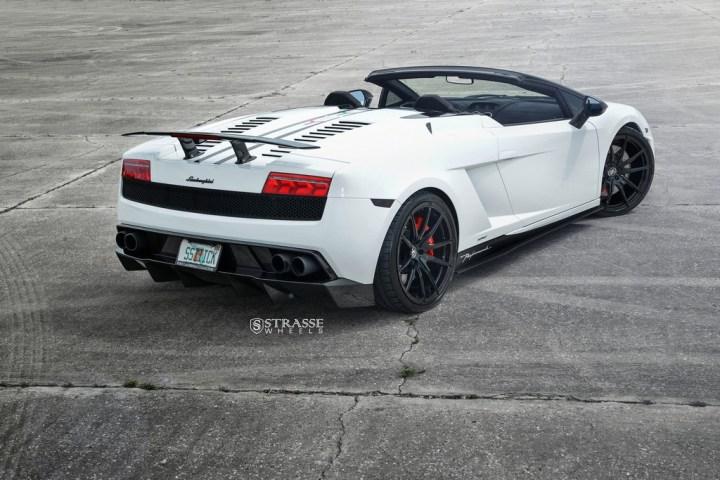 Strasse Wheels Lamborghini Performante 12