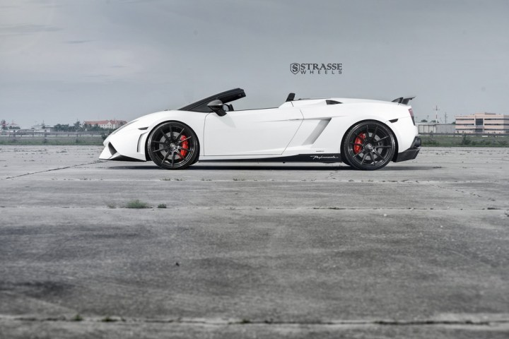 Strasse Wheels Lamborghini Performante 9