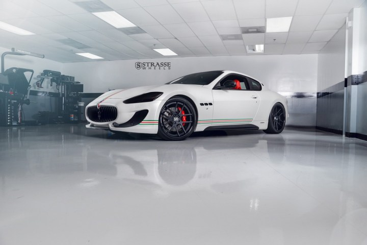 Strasse Wheels Matte White Maserati Gran Turismo 2