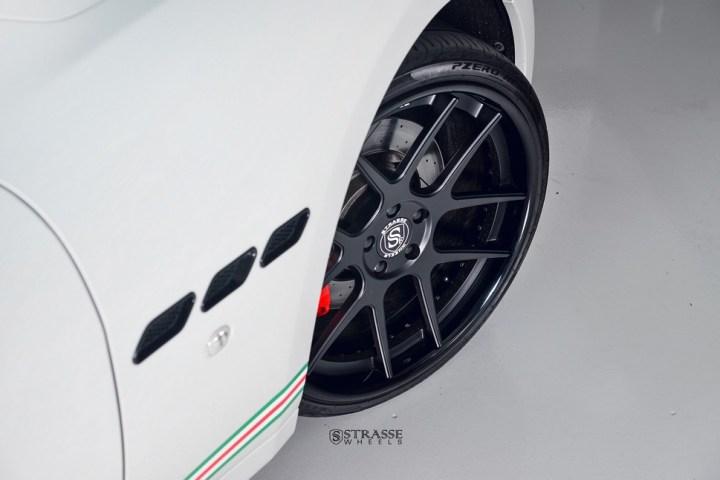 Strasse Wheels Matte White Maserati Gran Turismo 6