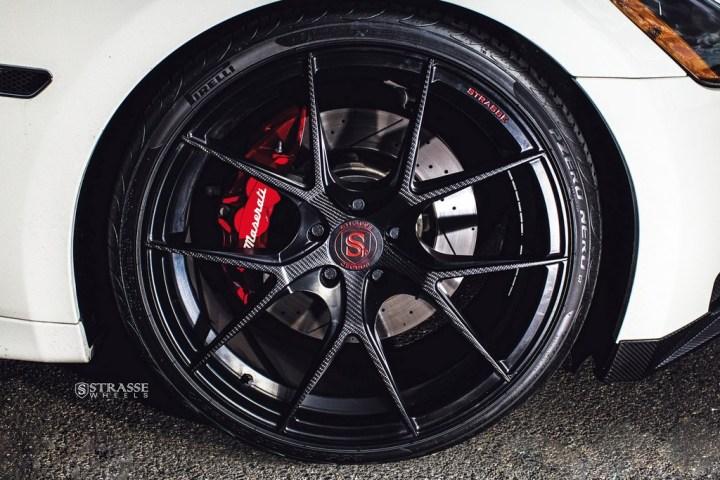 Maserati GTs Rolling Stock 5