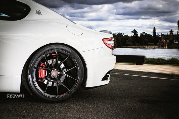 Maserati GTs Rolling Stock 6